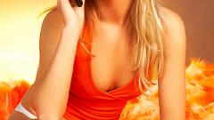 Жените предпочитат да флиртуват по телефона