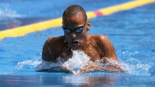 Антъни Иванов осми в света на 200 метра бътерфлай