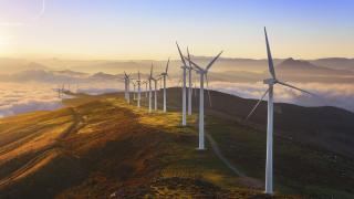 Китайски компании са добавили 63% от новите вятърните ВЕИ в света