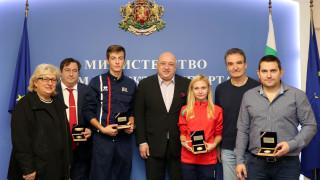 Министър Кралев награди отличилите се фехтовачи през 2019 г.
