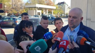"""Иван Гешев: Привлечени са двама за източването на """"Полимери"""""""