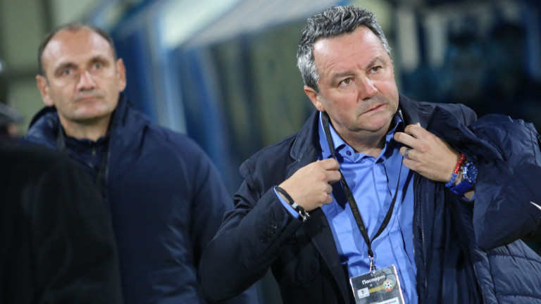 Славиша Стоянович опитал да извърти номер на Левски, за да поеме Латвия?!