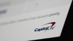 Хакер удари Capital One