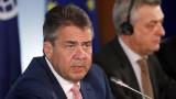 """Тръмп иска """"промяна на режима"""" в Германия, обяви Зигмар Габриел"""