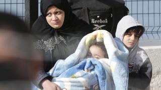 Пожар в германски мигрантски лагер прати 25 души в болница