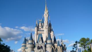Съдят Disney за уволняване на американски служители