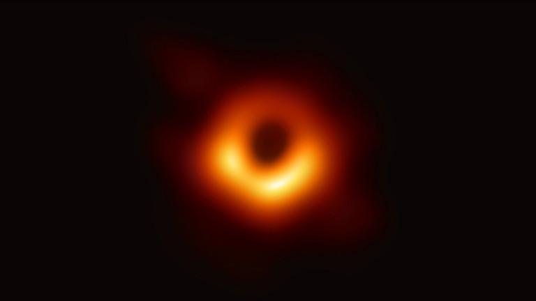 Това е изображението, получено от Event Horizon Telescope - ЕНТ