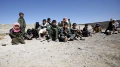 Десетки загинали жени и деца при въздушни удари в Йемен