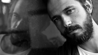 Актьорът Алекс Алексиев става монах