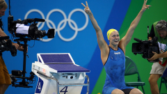 Сара Шьострьом с пореден рекорд в плуването