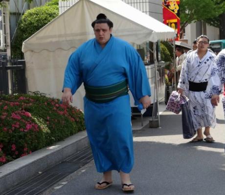 Ново поражение за Аоияма във Фукуока