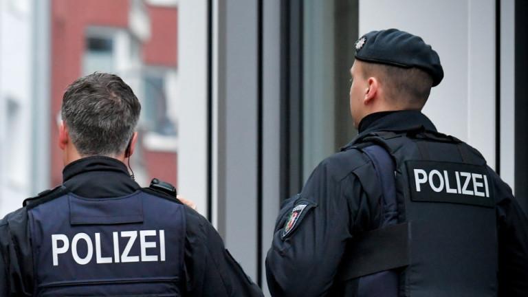 Нападнаха и биха депутат от Алтернатива за Германия в центъра на Бремен