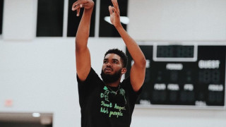 Баскетболистът, загубил седем роднини заради COVID-19