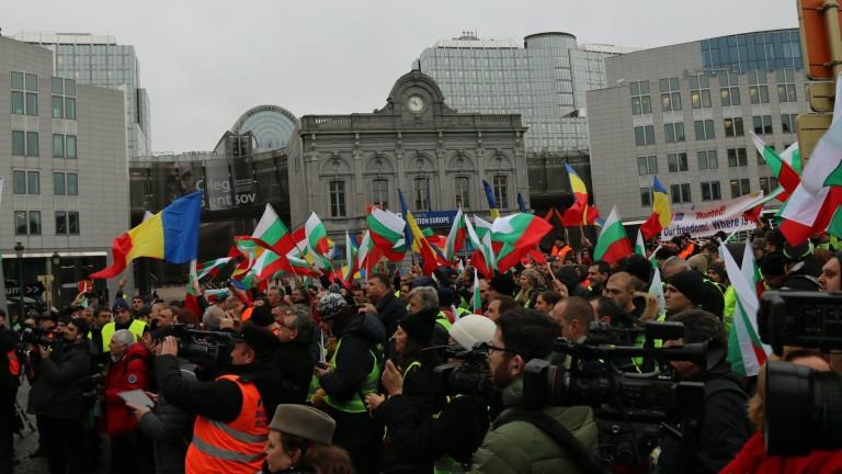 Протестът на превозвачите, Брендо и избора на изтребител, присъдата срещу кмета на Карлово…