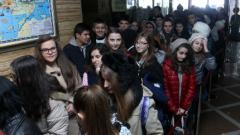Младежи извиха опашки на представяне на книга