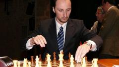 Топалов постигна реми в първия кръг в Ставангер