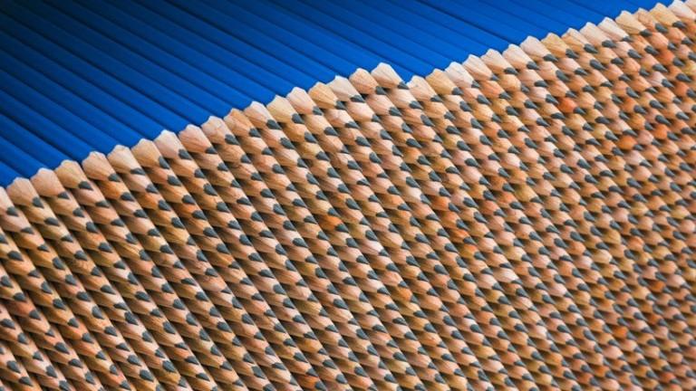 Магнетичният свят на една фабрика за моливи