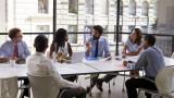 Защо е важно да говорите с колегите и приятелите си за своята заплата?