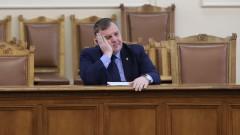 Каракачанов над година не бил охраняван от НСО