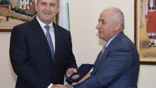 Българските дружества в Албания единно да отстояват интересите си, призова Румен Радев