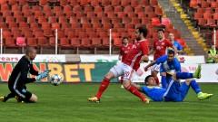 Иван Вутов: Целият ни отбор тича по-малко от Манолев...