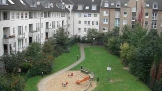 Goldman Sachs купува 93,000 апартамента в Германия