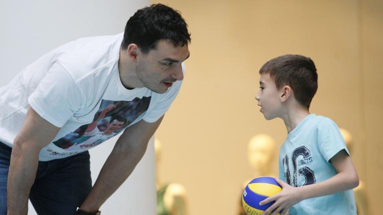 Владо Николов най-после стана и женски татко!