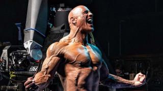 Голямата мистерия около коремните мускули на Дуейн Джонсън