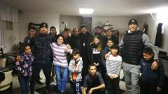 Даниел Илиев и Георги Валентинов зарадваха сираци в Нови хан