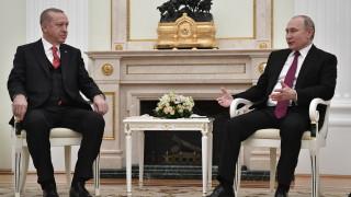 Прехвърчат искри между Русия и Турция заради Сирия