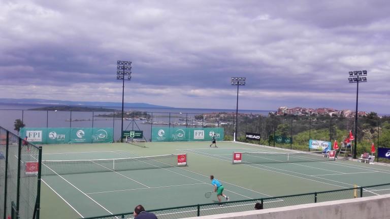 Повече от 50 тенисисти дойдоха да покажат уменията си на