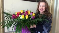 Наско Сираков сюрпризира Илиана Раева