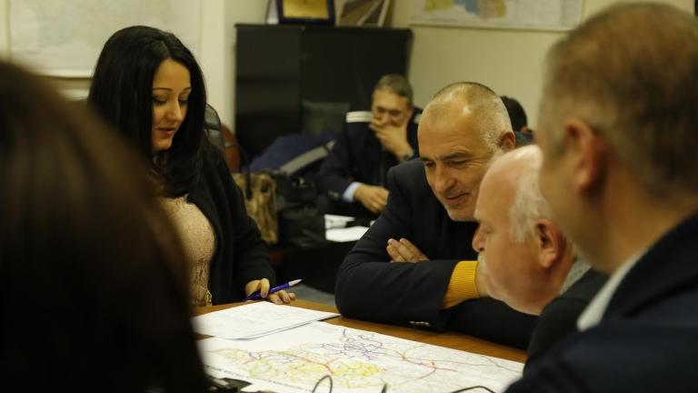 Премиерът участва в оперативно заседание на щаба в АПИ