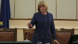 Цецка Цачева няма да води листата на ГЕРБ в Плевен