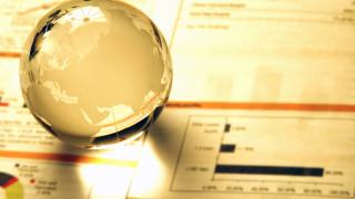 Експерт: Глобалната икономика се забавя, но рецесията все още не е на хоризонта