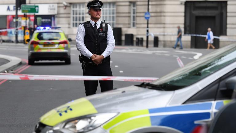 Два контролирани взрива до централата на BBC в Лондон