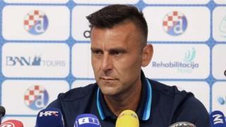 Маскирани пребиха треньора на Динамо пред дома му