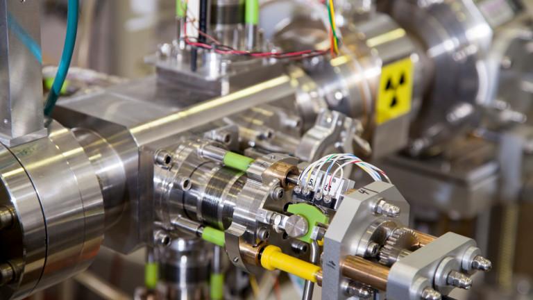 Rolls-Royce ще разработи и инсталира мини ядрен реактор до 2029 година