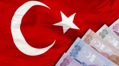Сривът на лирата все още измъчва турската икономика