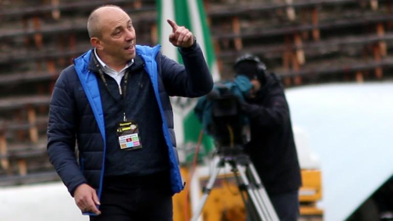 Треньорът на Черно море Илиан Илиев попълни групата за гостуването