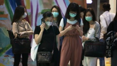 Сингапур ще плаща на двойките с бебета