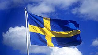 Автомобил на шведския посланик пострада при безредиците в Москва