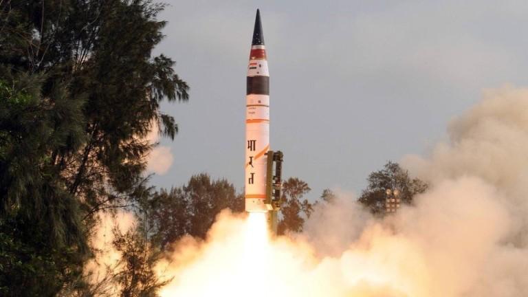 Индия успешно е изстреляла тестово тази сутрин най-далекобойната си балистична