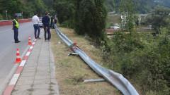 АПИ проверява поставянето на мантинели на пътя Своге - София