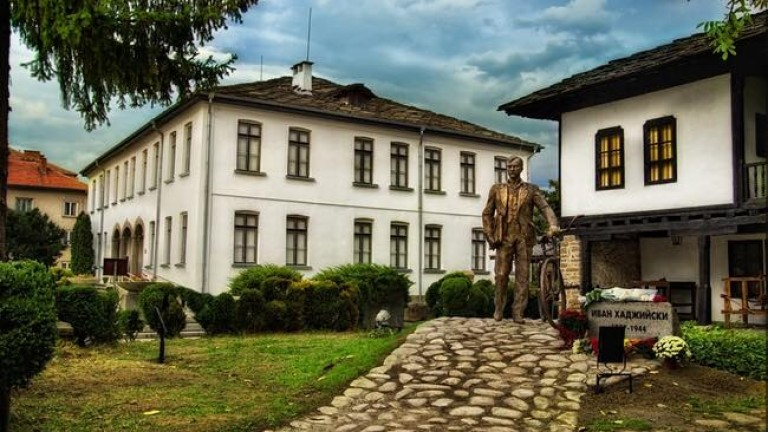 Община Троян освобождава ползвателите на общински недвижими имоти от наеми