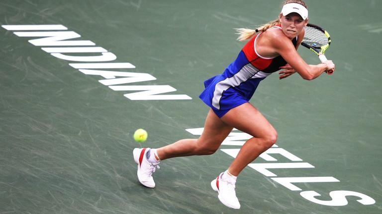 Каролин Возняцки на осминафинал в Индиън Уелс след дълъг мач с Аляксандра Саснович
