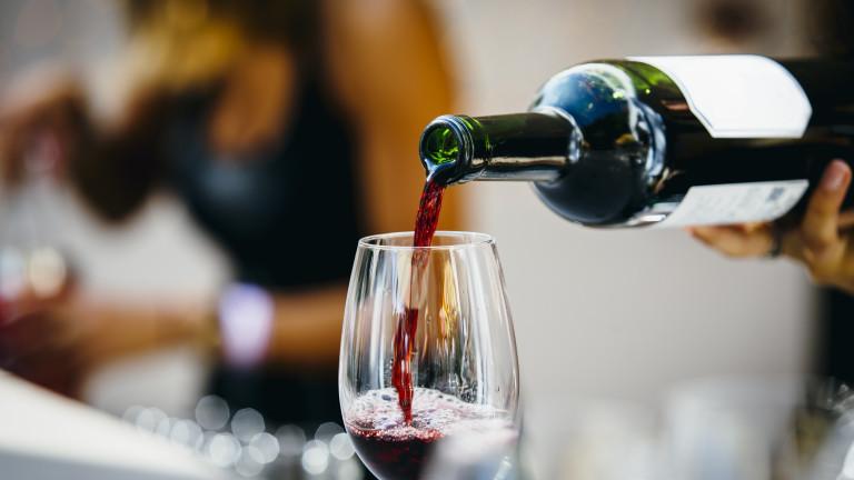 Продажбите на вино в Европа може да се свият наполовина