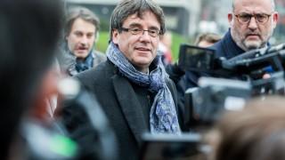 Пучдемон допуска вероятността да управлява Каталуния от Брюксел