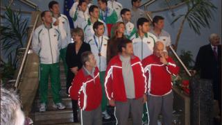 Волейболистите ни посрещнати като герои