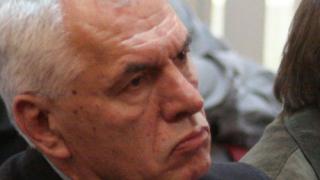 Oбщината си затваря очите за загубите и дълговете на Варчев (документ)